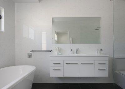 tomakin-reflections02-bathroom