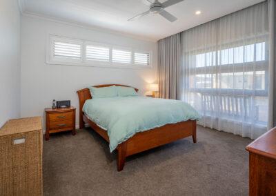 10 Ocean View Web Bed1