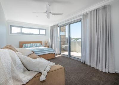 10 Ocean View Web Bed2