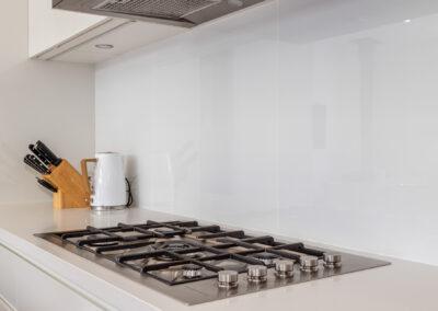 10 Ocean View Web Kitchen3